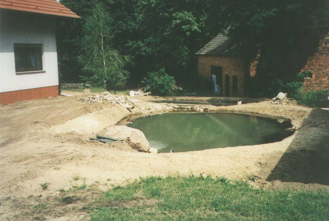 Sympathisch Gartenteich Bildergalerie Referenz Von Befüllung Des Teiches Nach Vlies- Und Folieneinbau